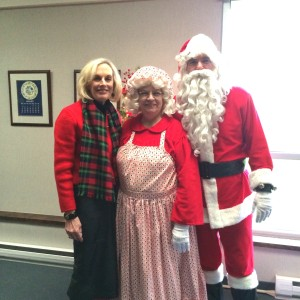 Mr and Mrs Claus Visit (1)